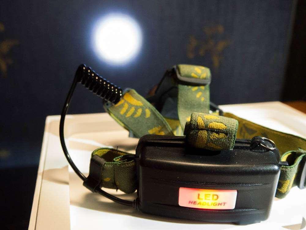 Налобный фонарь XP-E с Алиэкспресс луч фото