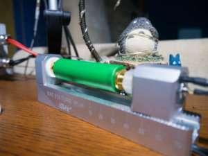 Тестирование аккумуляторов Батарейный отсек 100MHz