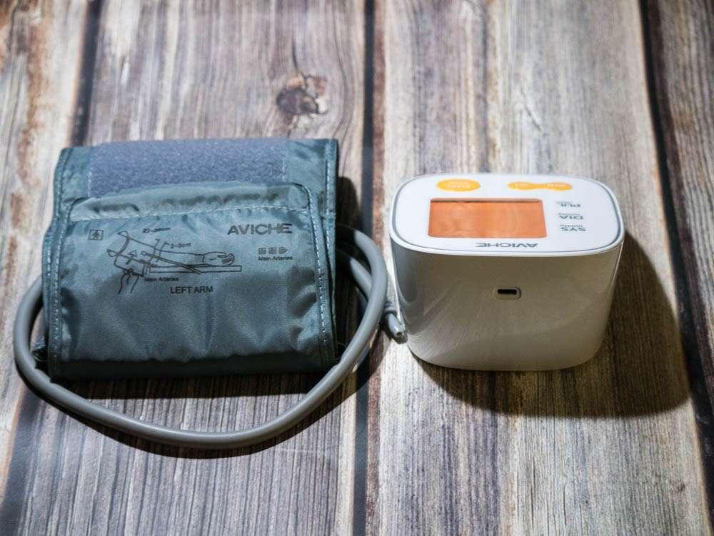 Китайский тонометр с питанием от USB