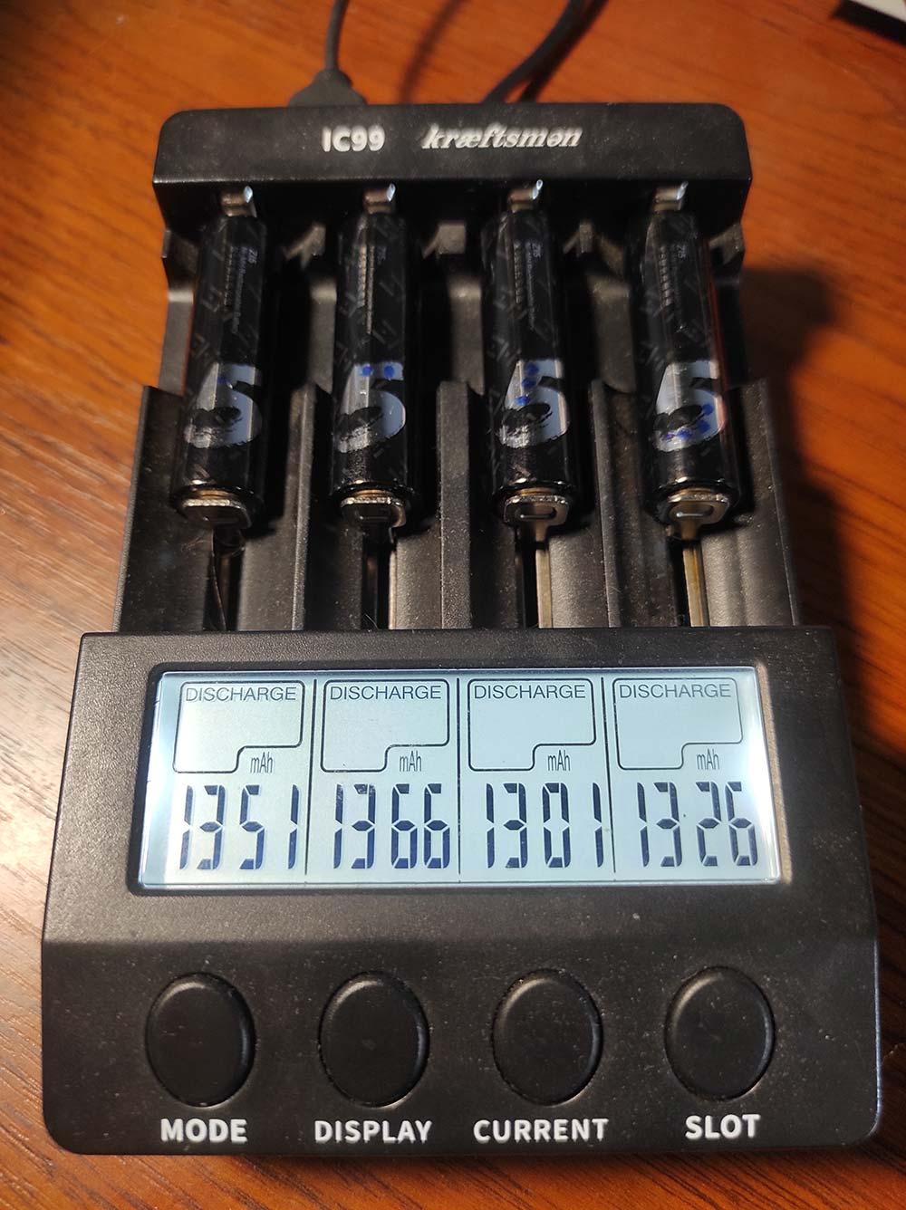 xiaomi zmi zi5 1700 АА саморазряд тест